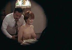 Femme dodue avec pubis poilu, seins défoncés film porno viol gratuit et mecs